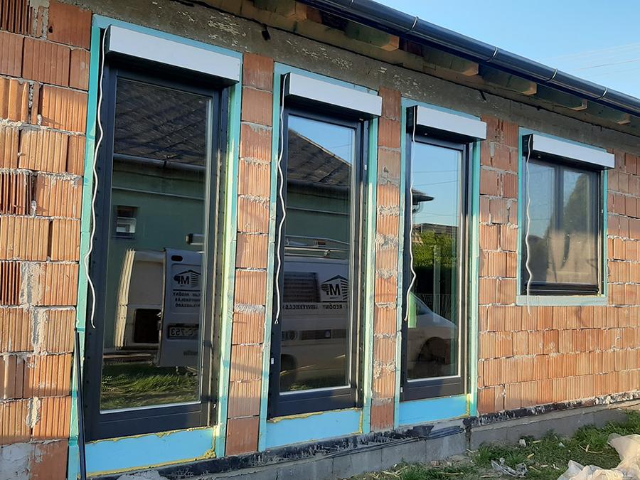 ajtó ablak beépítés